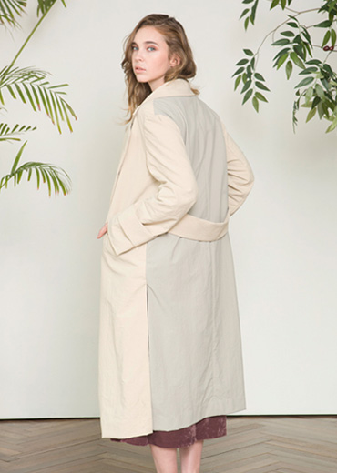 JANUS TRENCH COAT