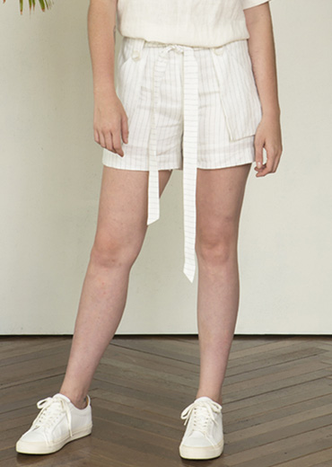 LINEN STRIPED SUIT SHORTS [WHITE]
