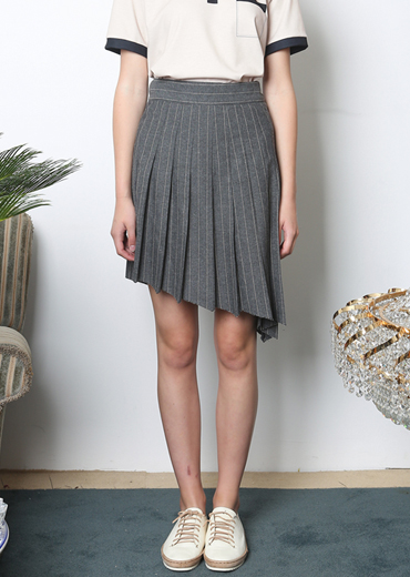 UNBALANCED STRIPED PLEATED SKIRT [GRAY]