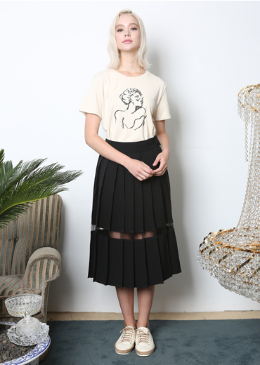 SEE-THRU PLEATED SKIRT