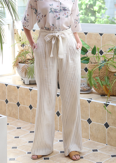 RIBBON TIED STRIPED PANTS
