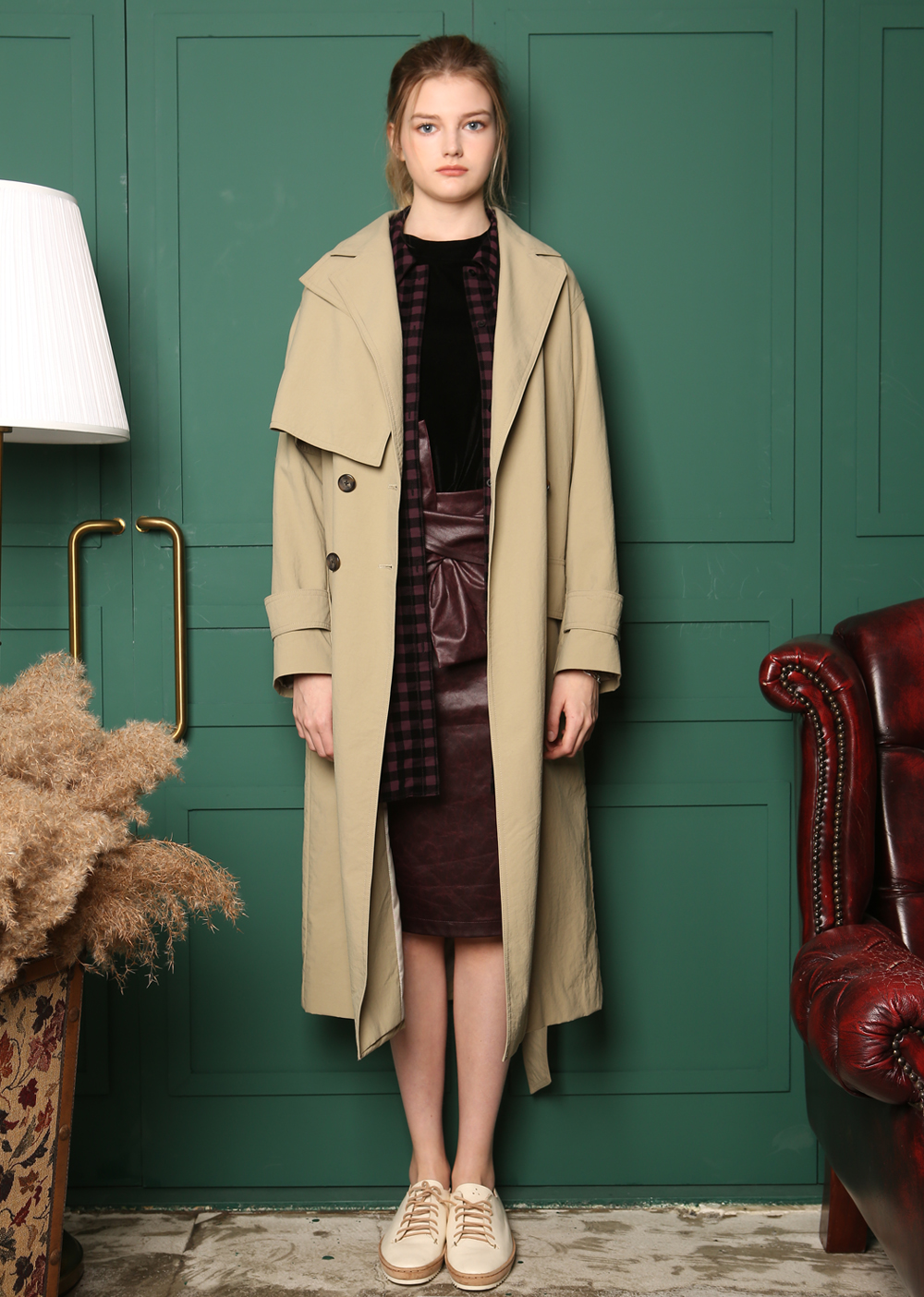 FLAPPED BIG LAPEL DETAIL TRENCH COAT [KHAKI]