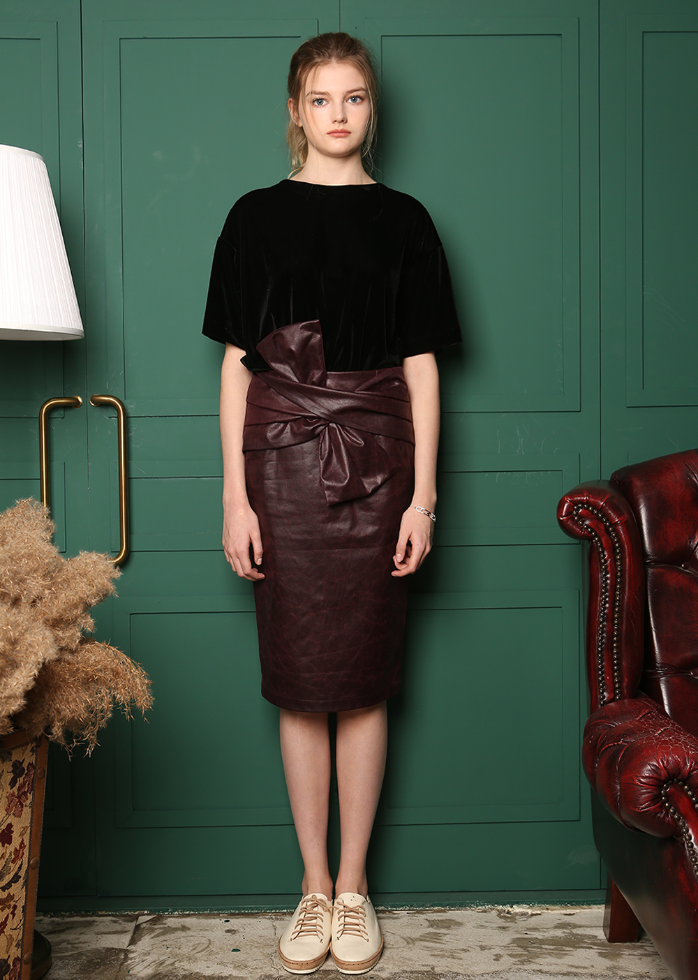 RIBBON DETAILED PENCIL SKIRT [BURGUNDY]