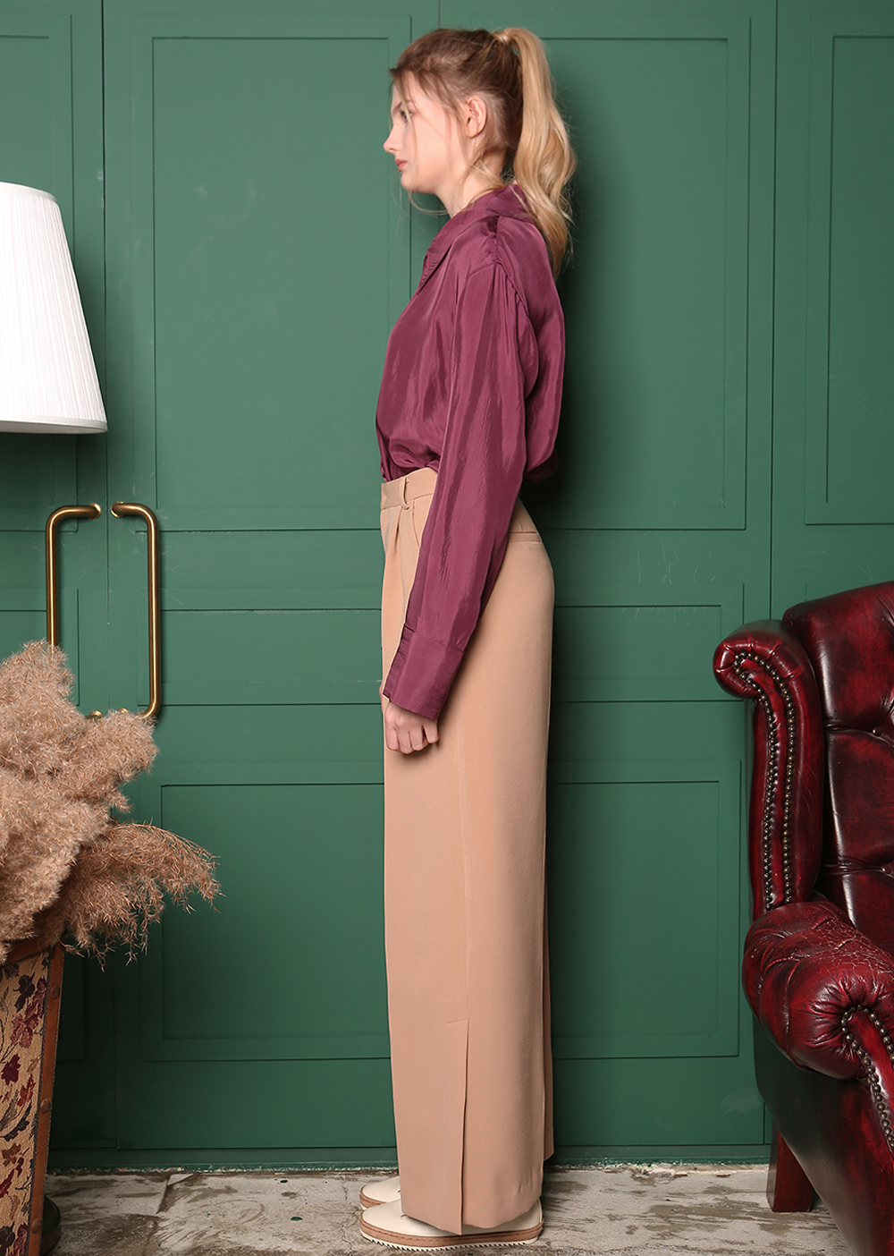 MINIMAL SUIT SLIT PANTS [BEIGE]