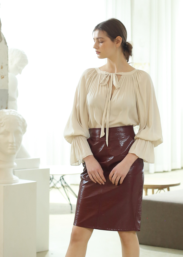 CREPE AIR FLOW BLOUSE (IVORY)