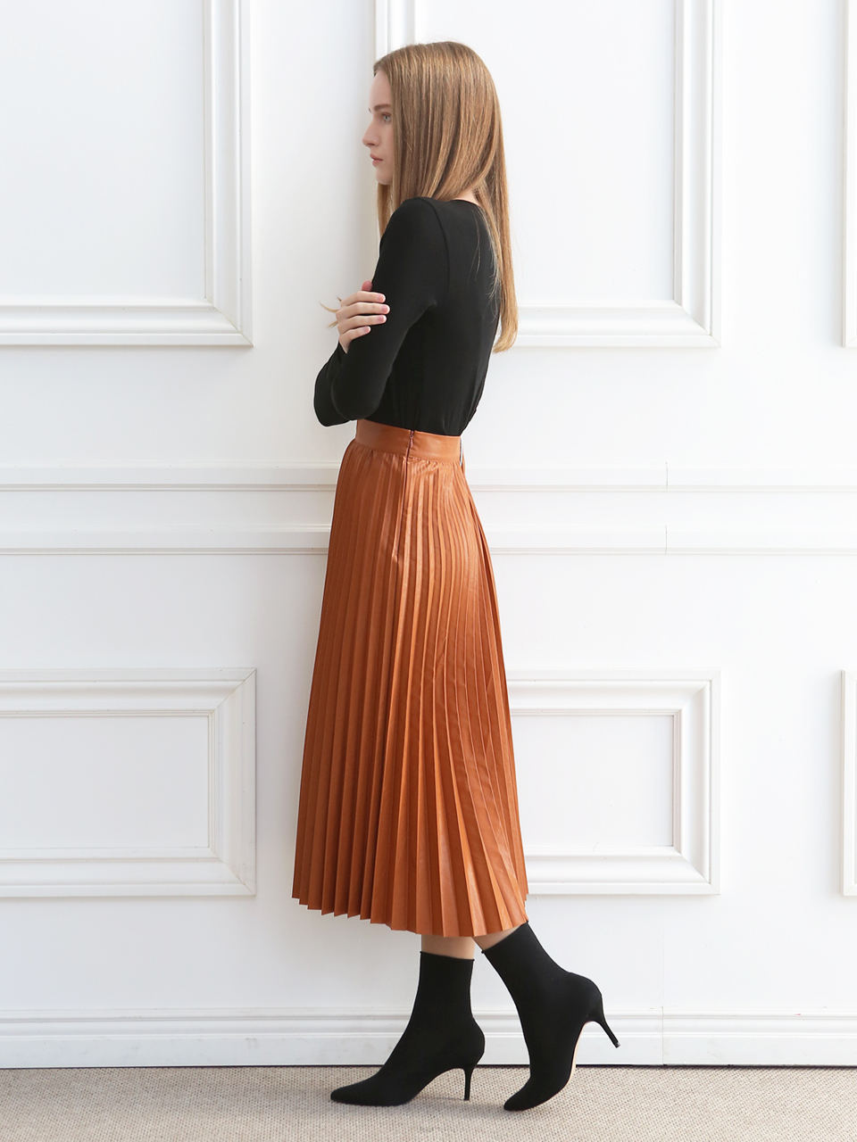 A-LINE PLEATS MIDI SKIRT(CAMEL)