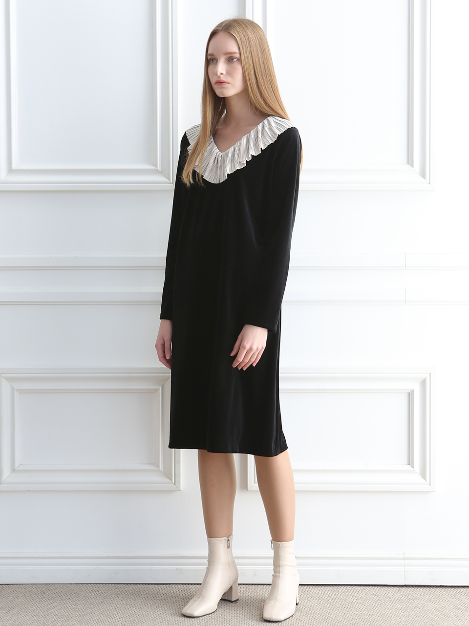 VELVET RUFFLE DRESS (BLACK)