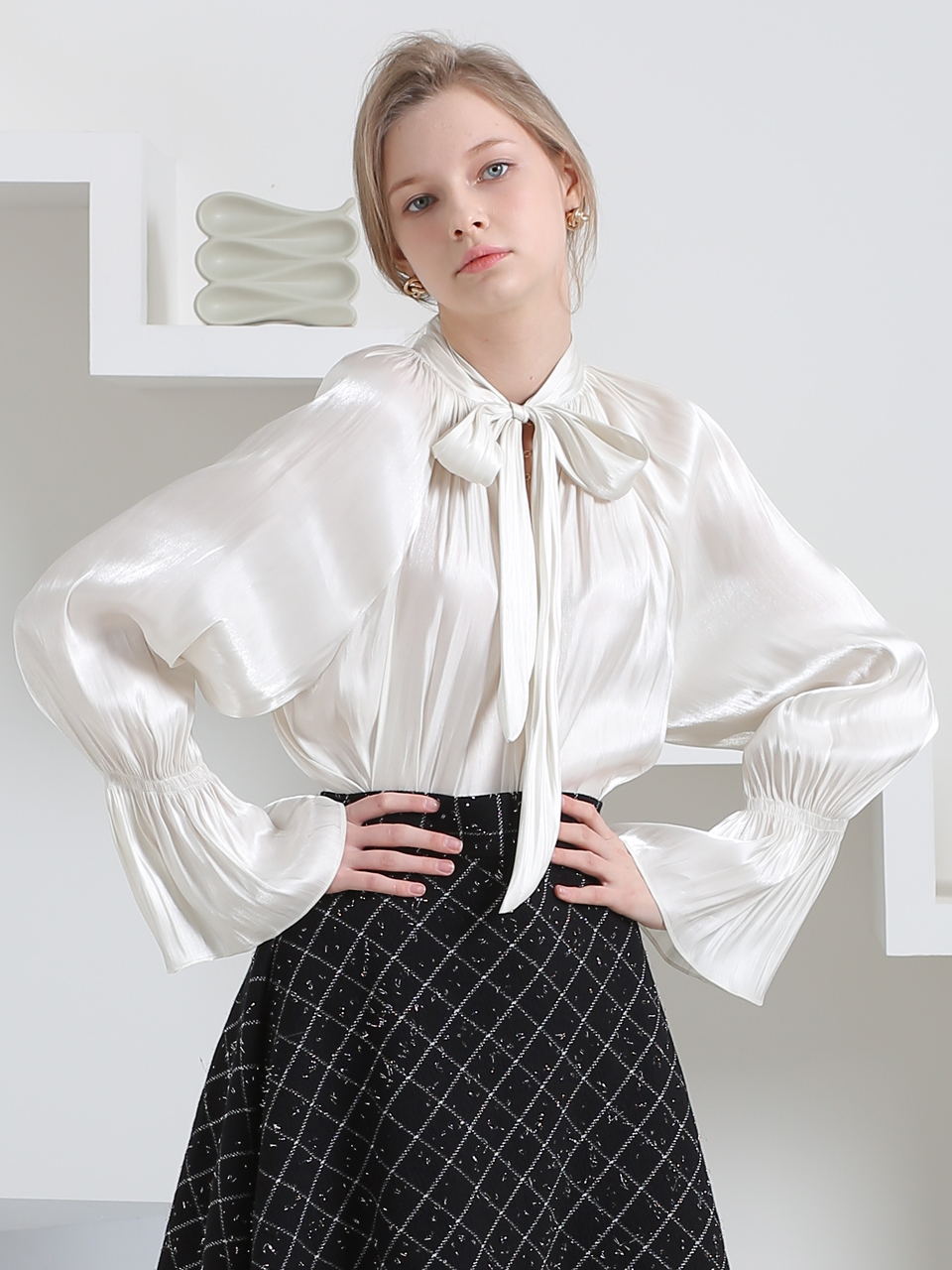 GLOSSY HIGH NECK RIBBON BLOUSE (IVORY)