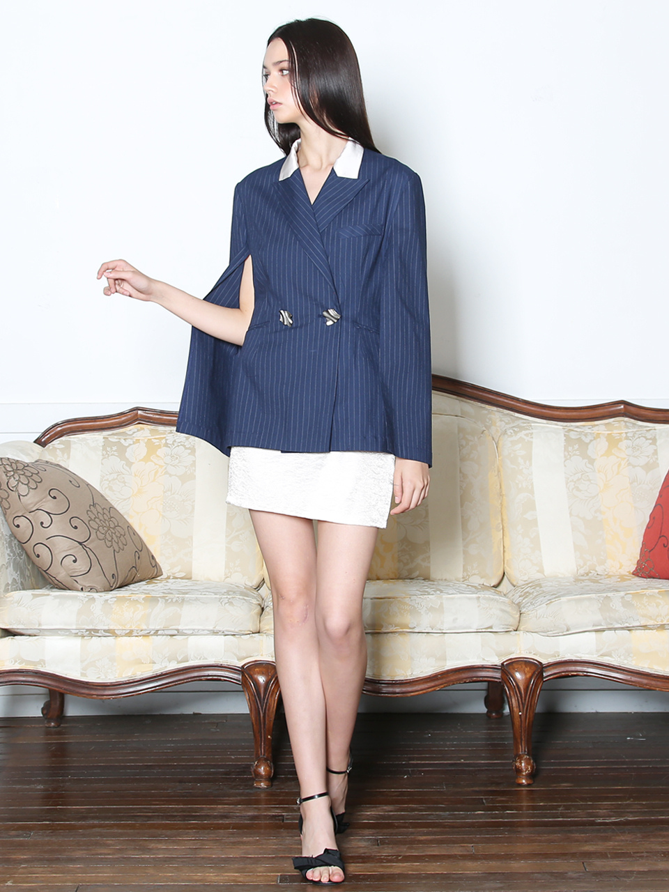 STRIPED CAPE SLEEVE JACKET(NAVY)