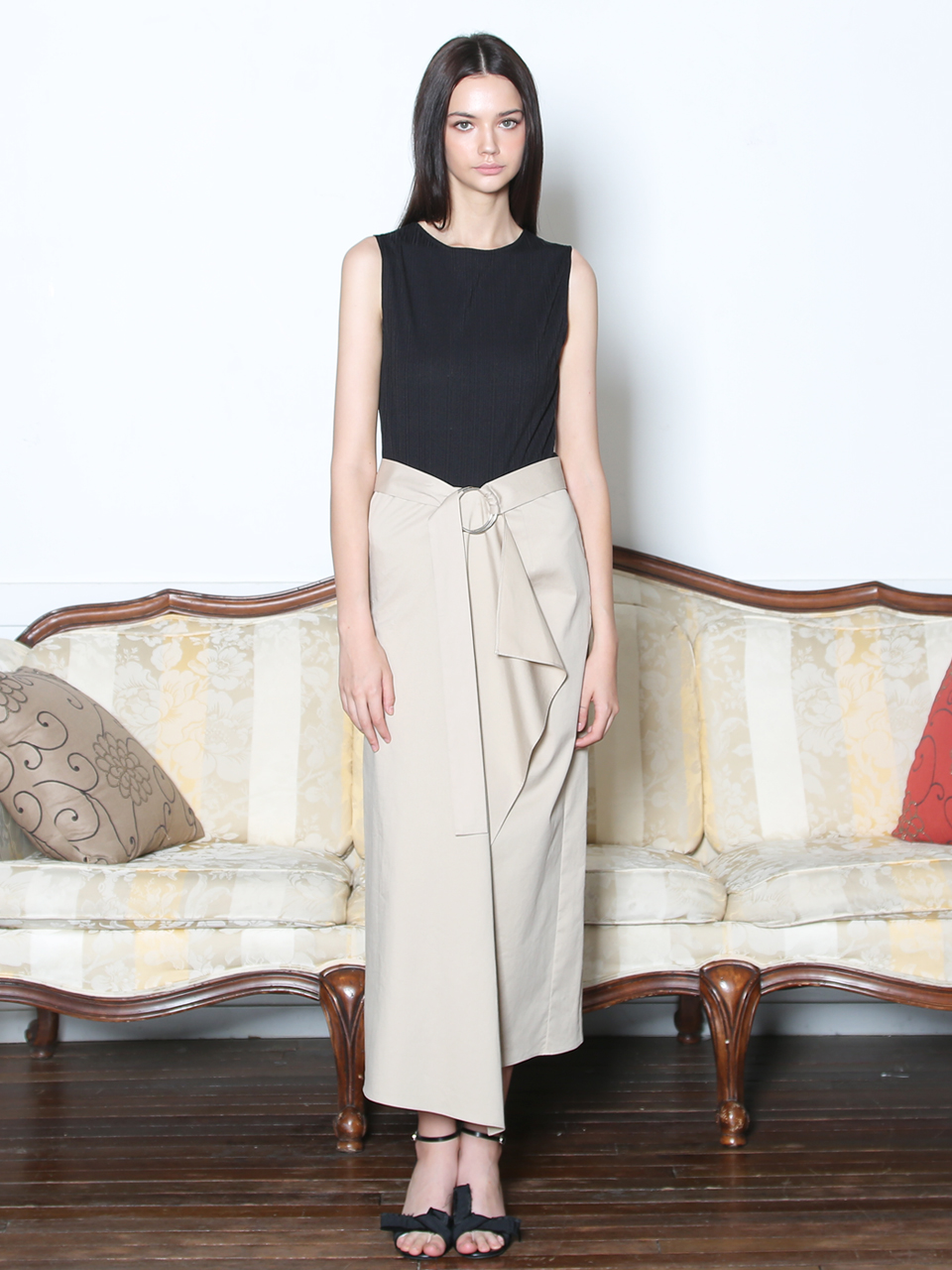 KNIT COMBINATION DRAPING BELTED DRESS (BLACK&LIGHT BEIGE)