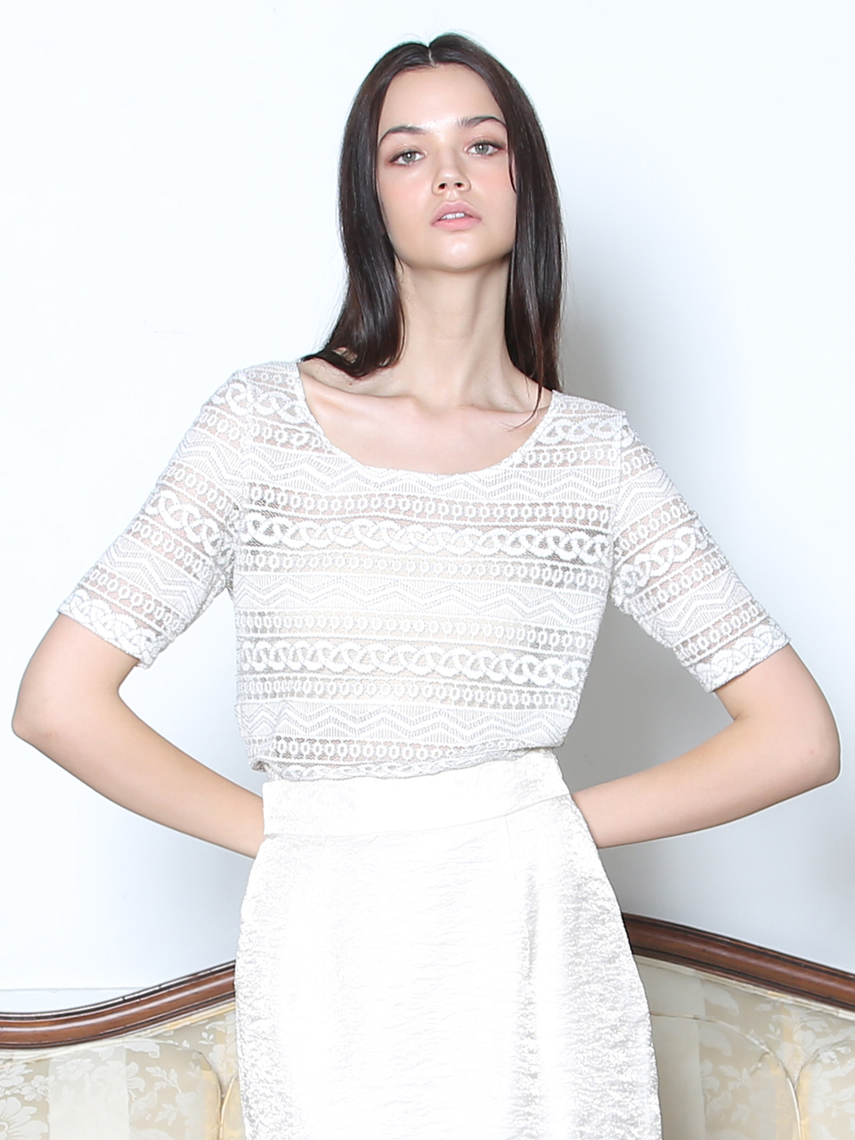 LACE SEE-THROUGH BLOUSE (WHITE)
