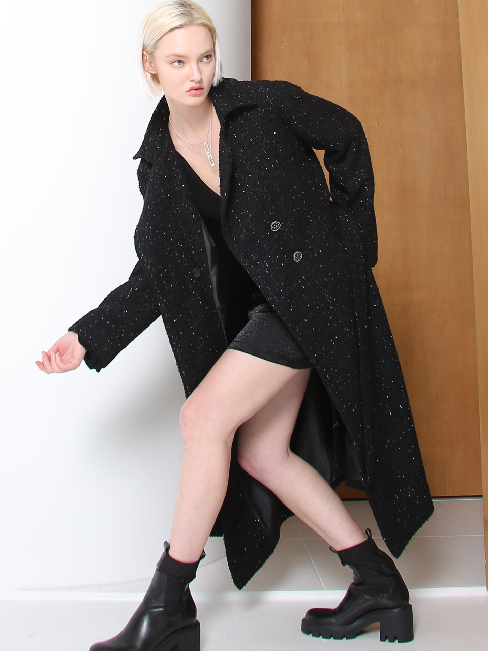 GLITTER TWEED OVERSIZED TRENCH COAT (BLACK)