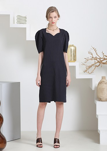 HEART LINE NECK STRIPED H-DRESS(NAVY)
